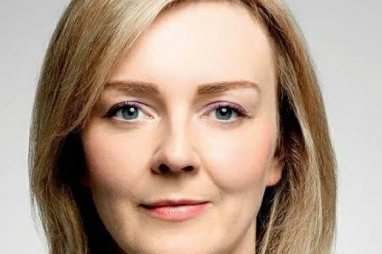 Liz Truss, Secretary of State for the Environment
