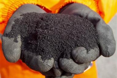 Tarmac's new asphalt uses waste tyres.